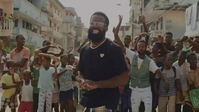 VIDEO: Afro B – Amina (Remix) ft. Wande Coal