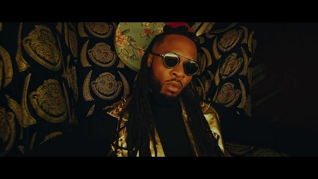 VIDEO: Flavour – Doings ft. Phyno