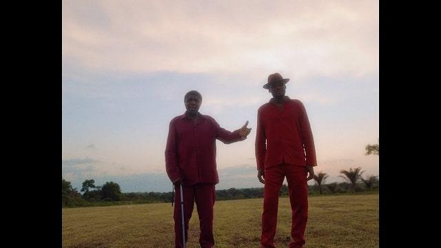 2Baba – Searching ft. Bongos Ikwue (Video)